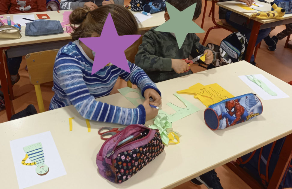 Atelier création kamishibaï_école primaire_Reventinvaugris_Catherine Chion